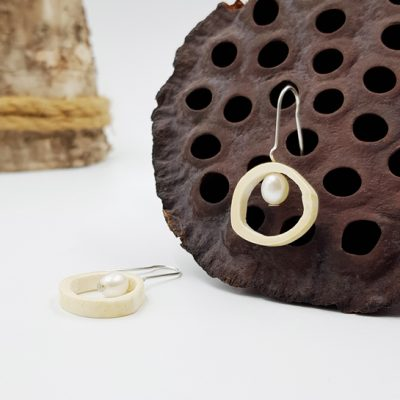 BandP boucles d oreilles ST20130 argent925 os perles d eau douce blanche PatriciaLemaire 4x2cmret