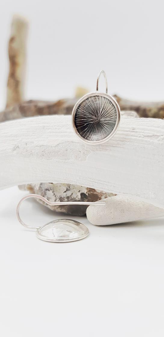 COSSE SINGLE boucles d oreilles ST19048 argent925 patine guilloche motif soleil LemairePatricia 23x15cmret