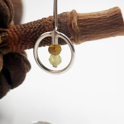 LAGOON CERCLE boucles d oreilles ST20028 argent925 2 grenats verts PatriciaLemaire 3x1 5cm